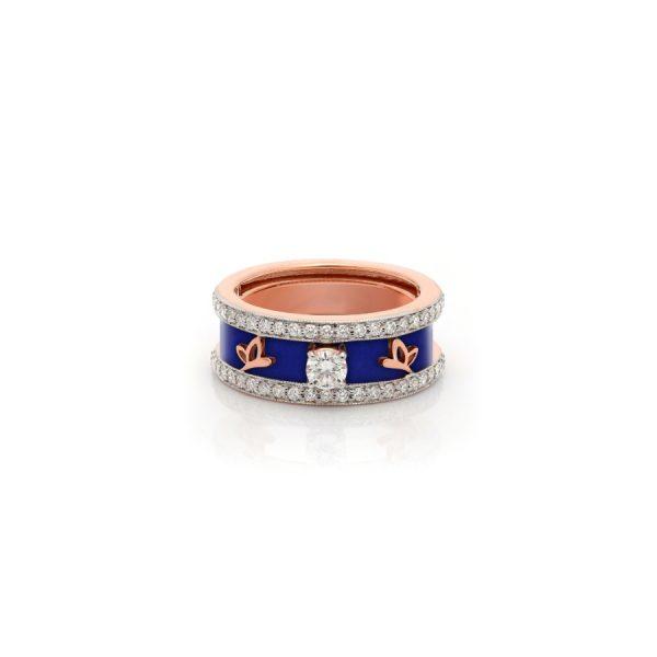 Petit Band Ring